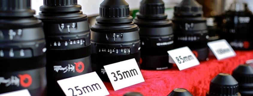 Velocità e prezzo degli obiettivi o delle lenti HD-DSLR e mirrorless